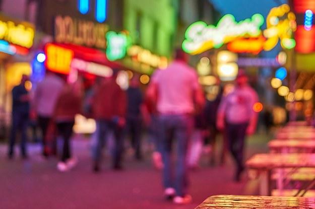 Anfragen zum halben Preis: Wie Corona die Sexarbeit in Deutschland verändert