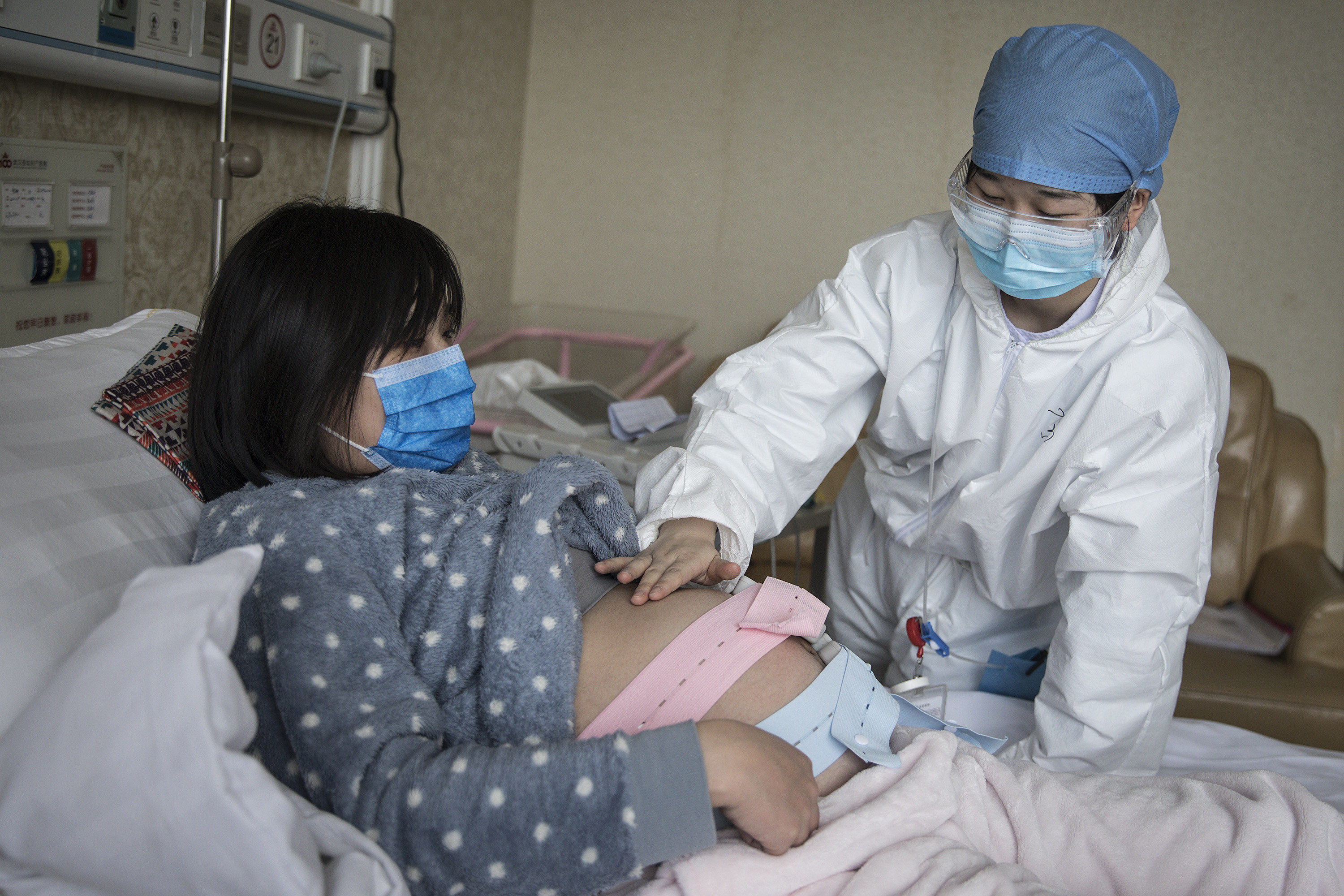 Chinese Case Study Suggests COVID-19 Is Not Transmitted from Pregnant Mothers to Newborns
