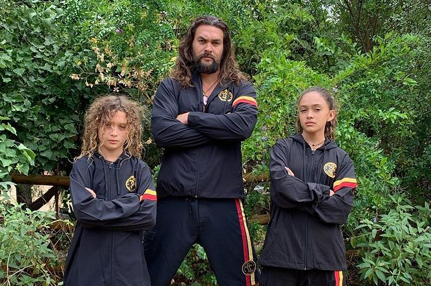 Jason Momoa Took Over As P.E. Teacher At Home And His Kids Are Throwing Axes And Climbing Walls