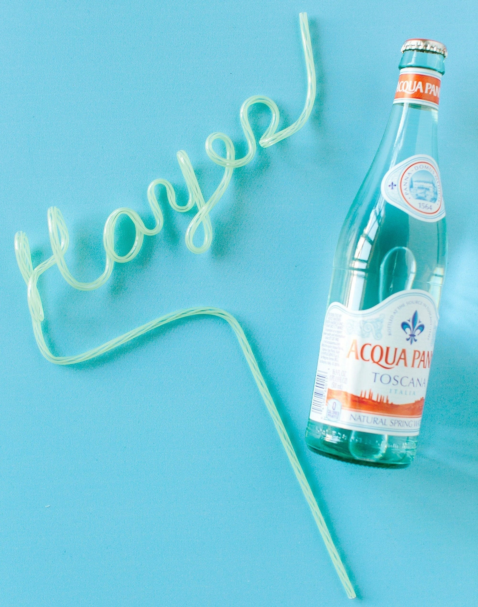 The Custom Name Straw in green