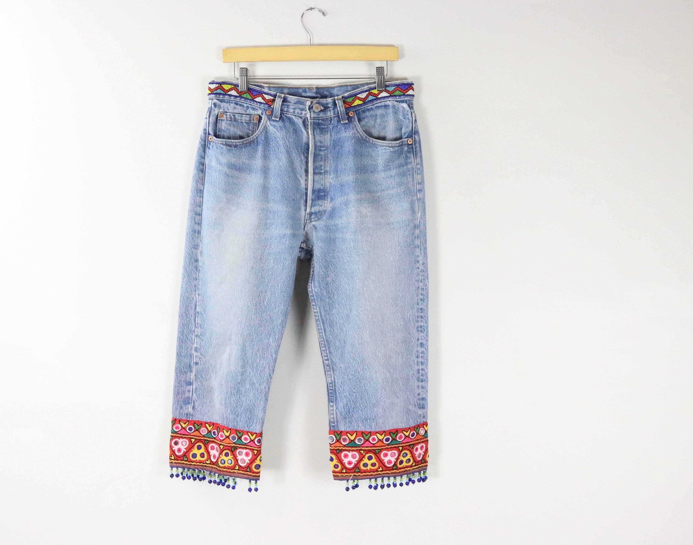 Embroidered capri jeans
