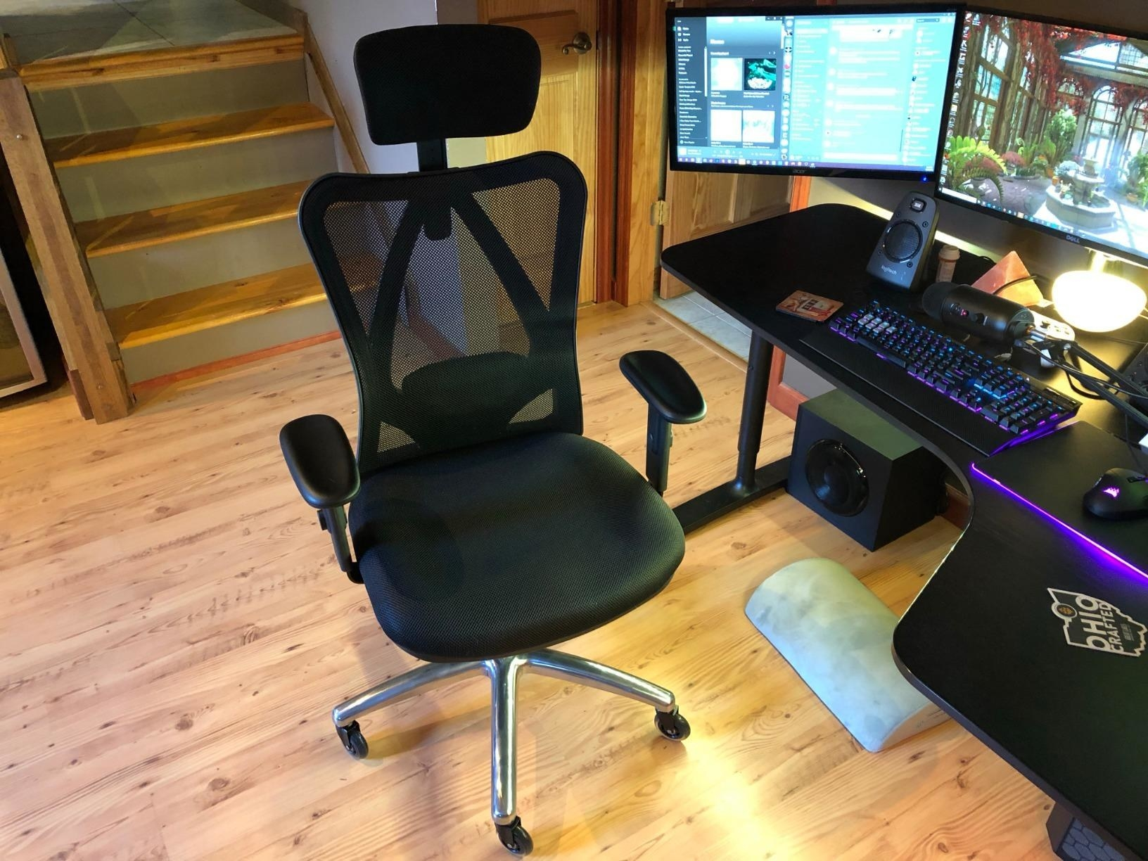 Reviewer image of the chair at a desk
