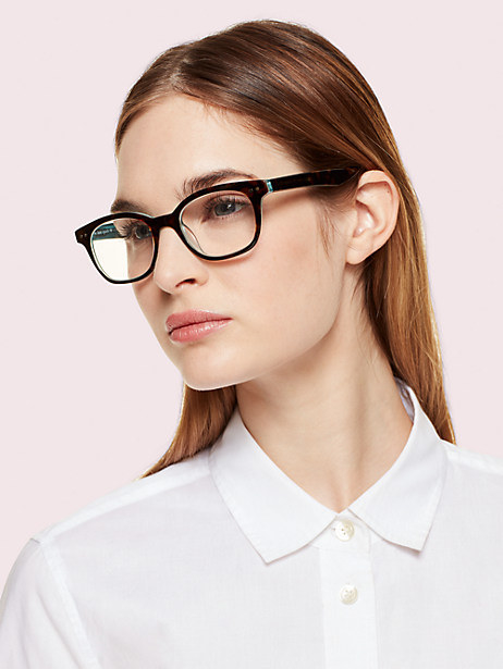 Model wearing the reading glasses