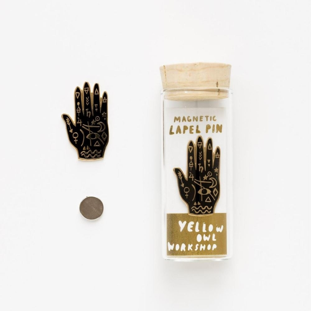 Palm-shaped enamel pin