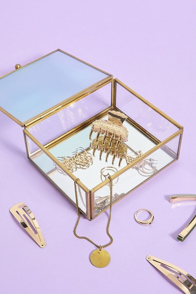 Mirrored trinket box with clips