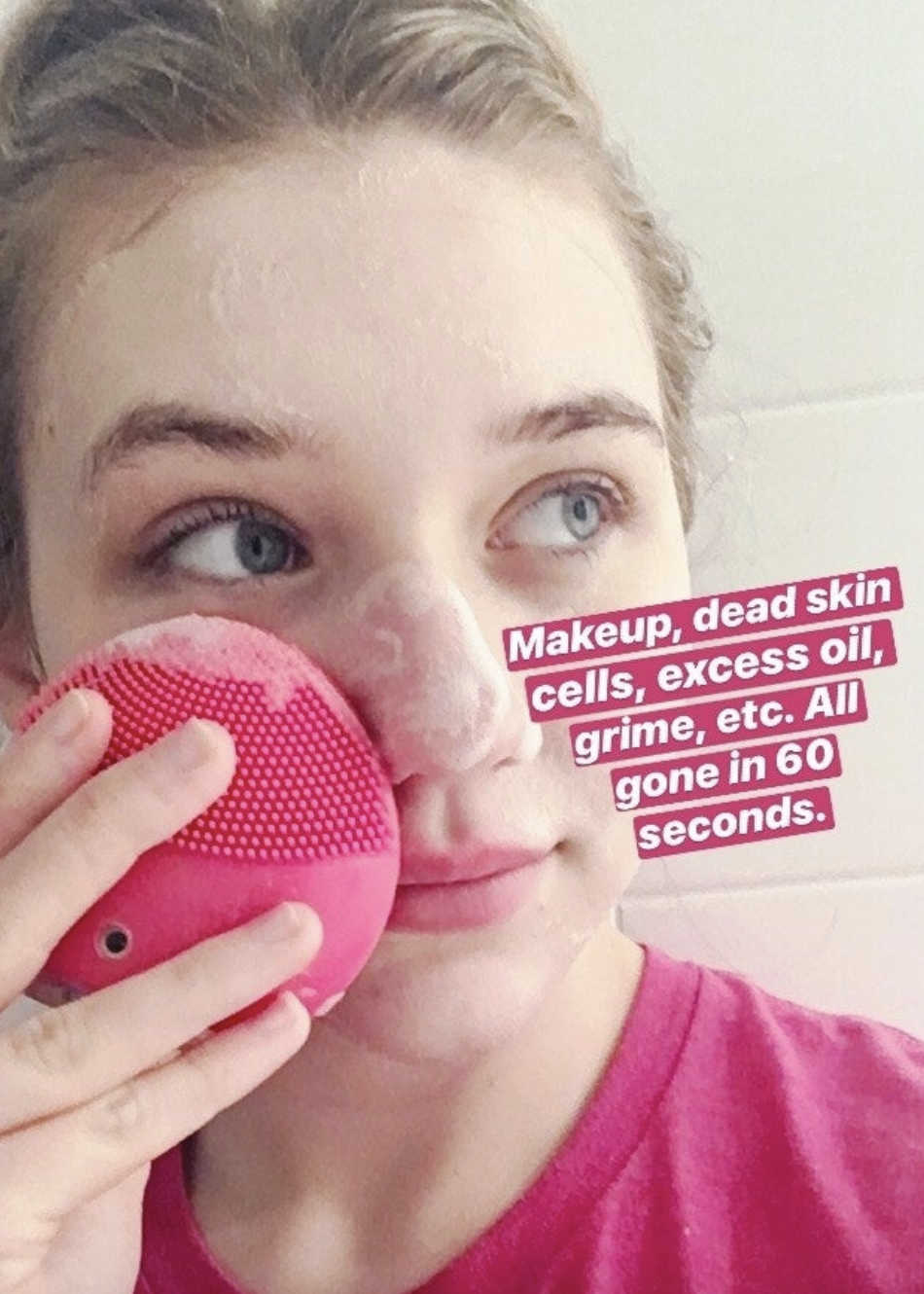 "BuzzFeed editor Maitland Quitmeyer cleanses her face with FOREO's Luna Mini 2. She says ""Makeup, dead skin cells, excess oil, grime, etc. all gone in 60 seconds"