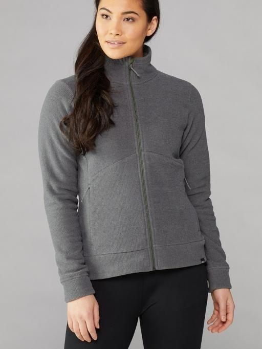 Gray zip-up fleece paired with black yoga pants