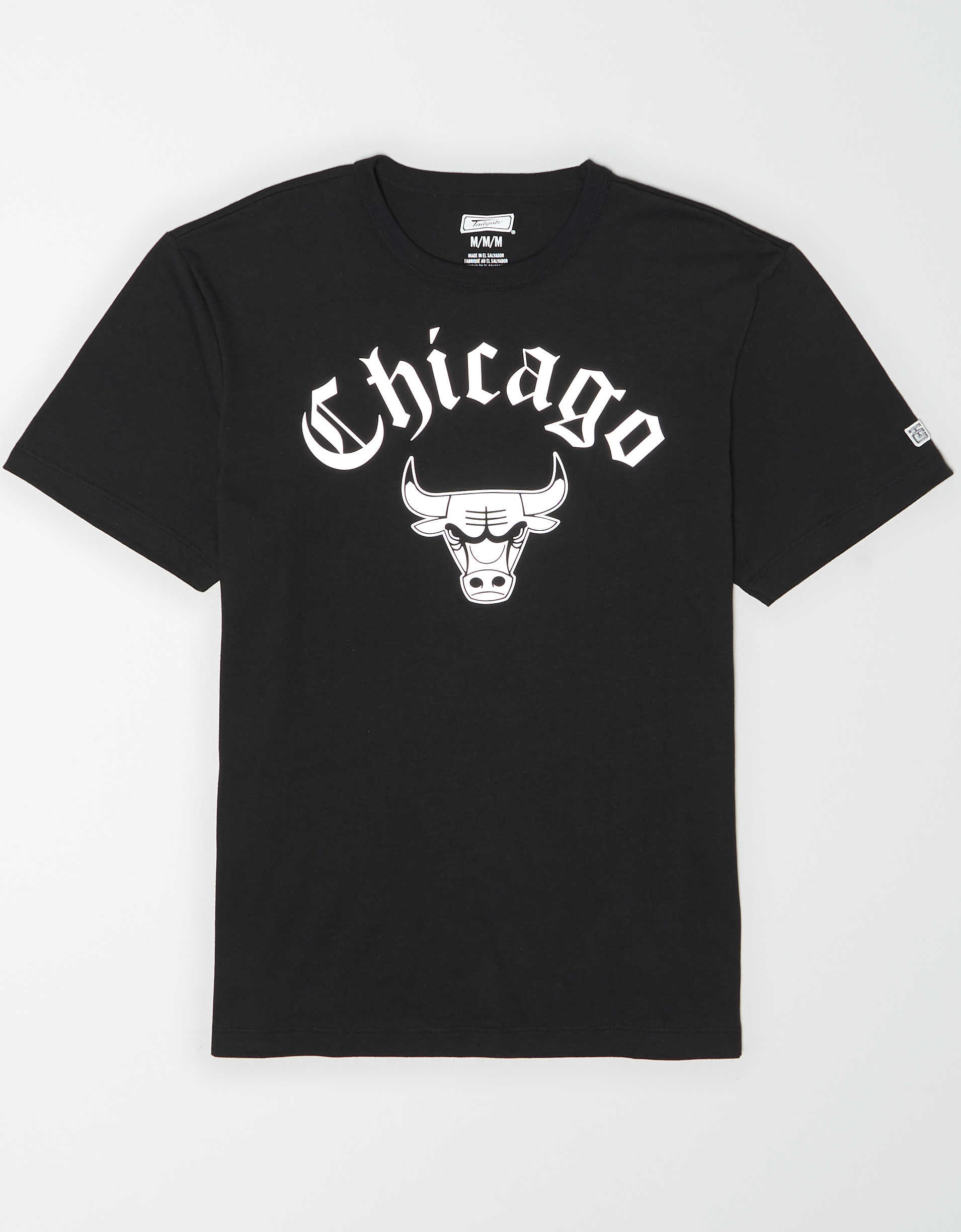 Black Chicago Bulls shirt