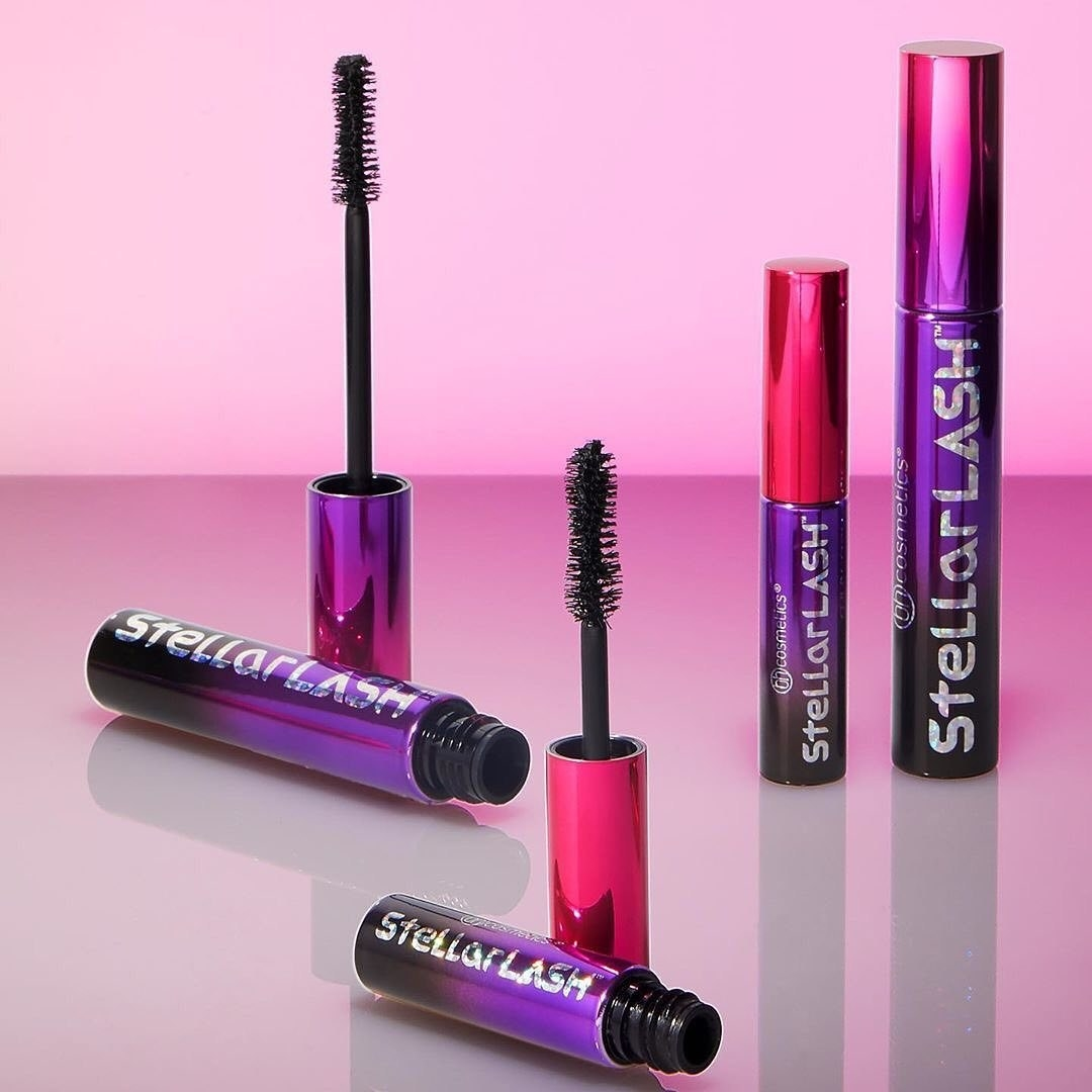 The mascara in a full-size and mini version capped and uncapped. The uncapped ones have a fluffy, hourglass-shaped wand