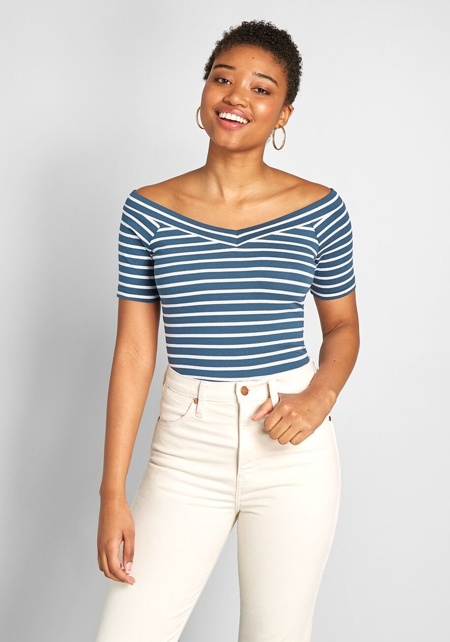 A model wearing the short-sleeve tee