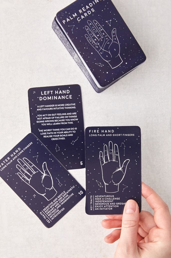 some instructional cards in the deck