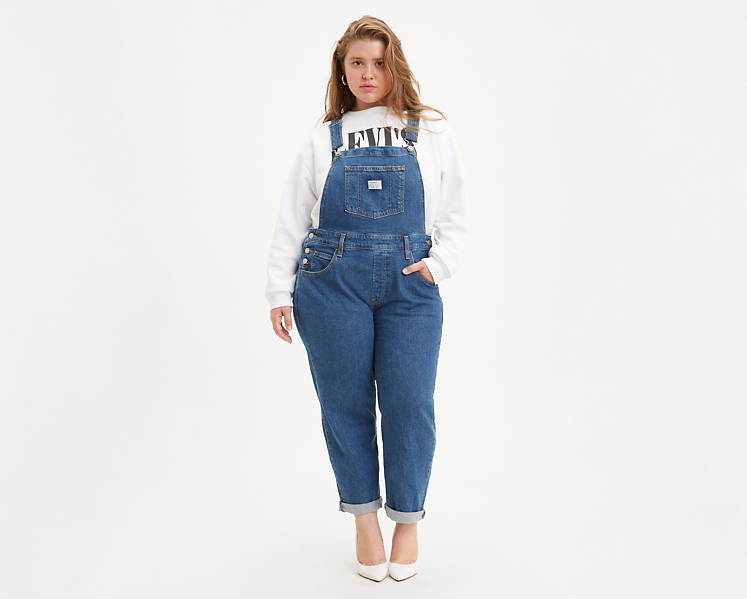 Model wearing the overalls
