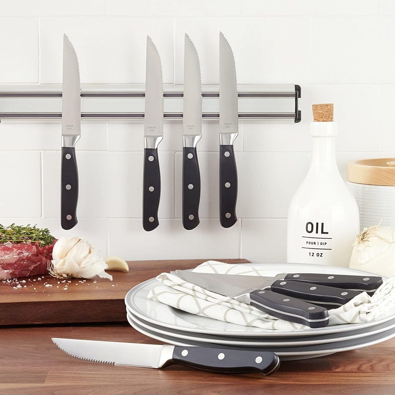Juego de ocho cuchillos