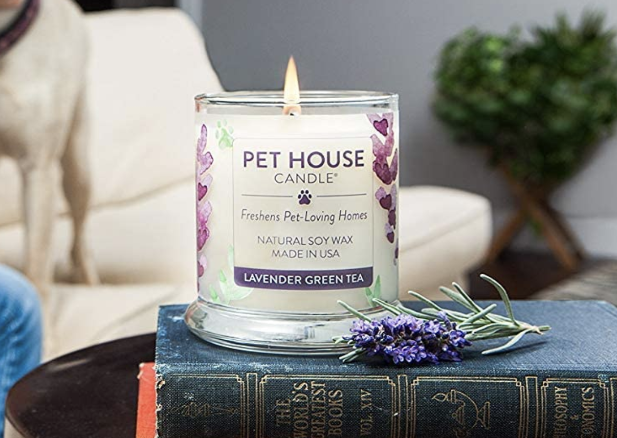 "A ""lavender green tea"" scented pet house candle"