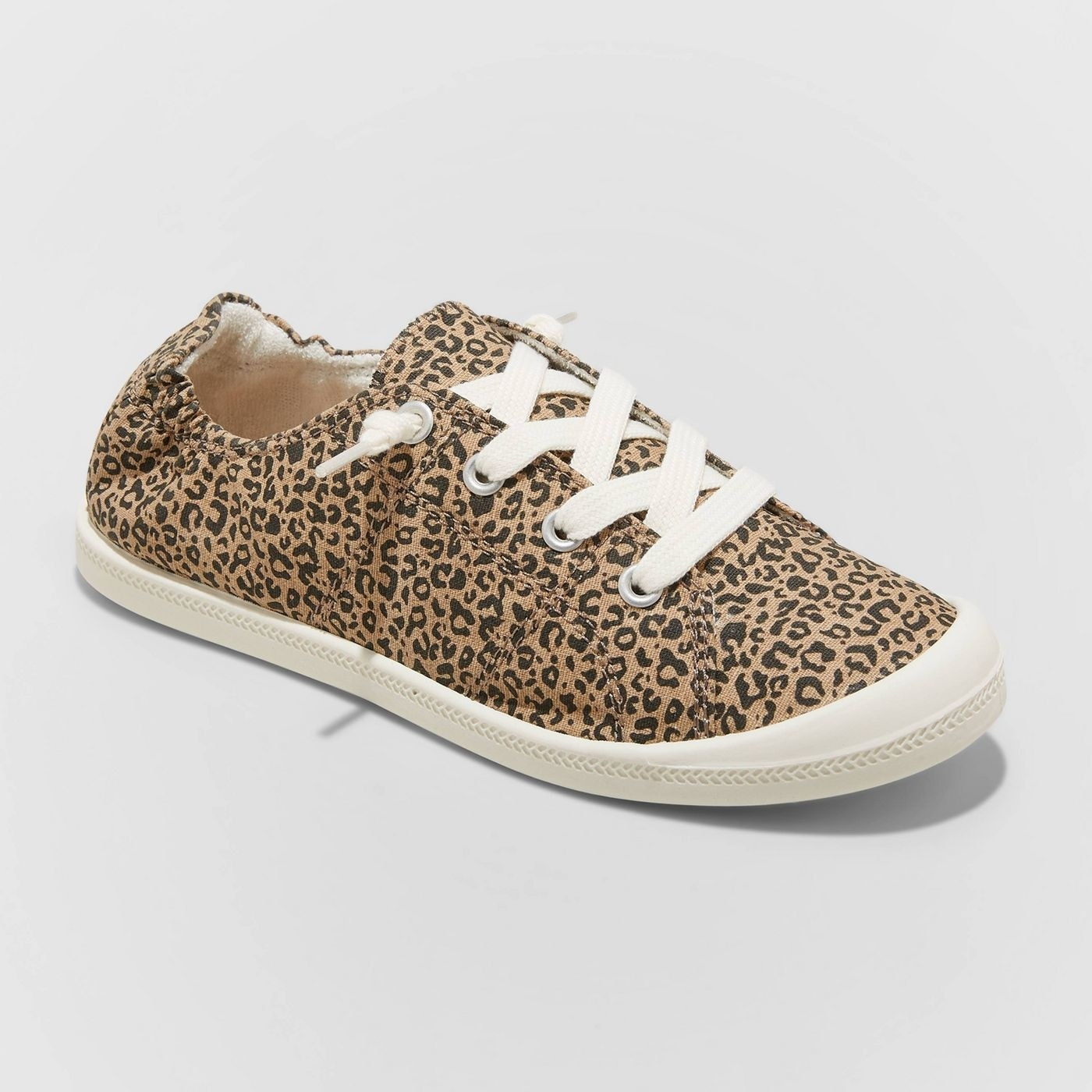 the lace-up sneaker with elastic heel in leopard-print pattern