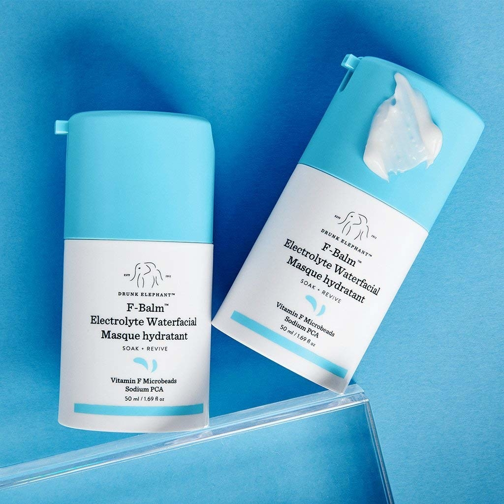 the light blue and white packaging of the f-balm masque