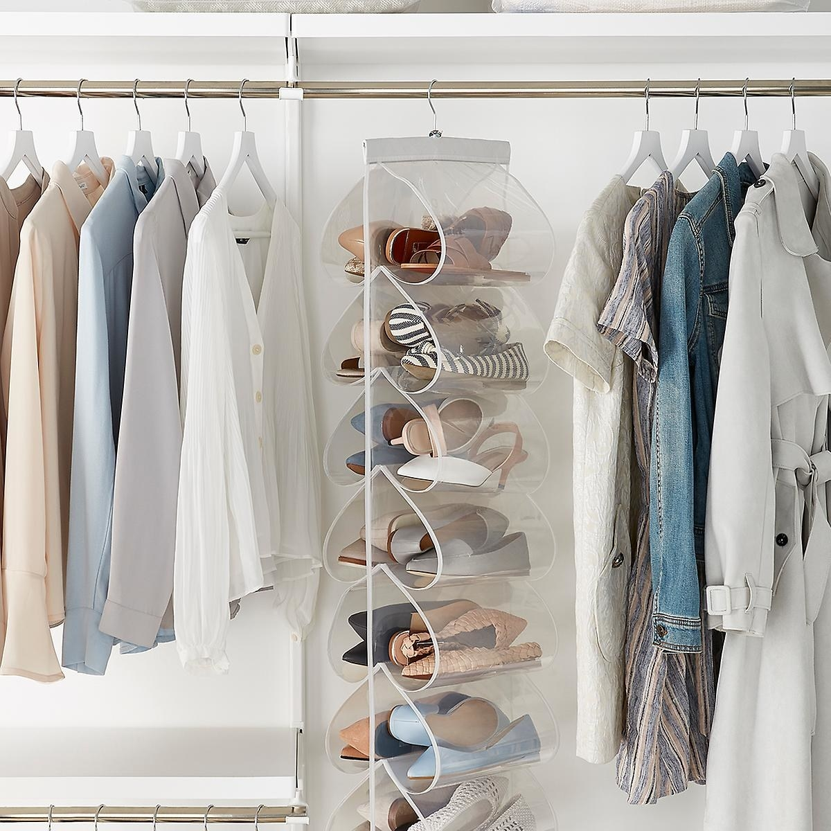 The hanging file with pockets on each side, with each pocket holding one pair of shoes