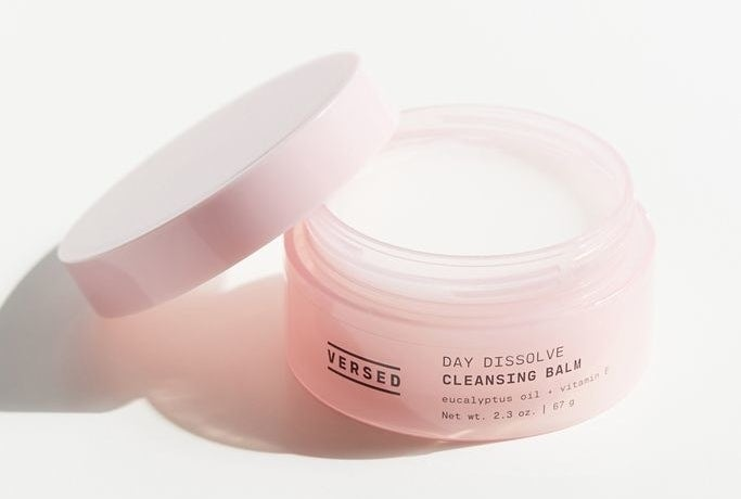 The jar of Day Dissolve cleansing balm