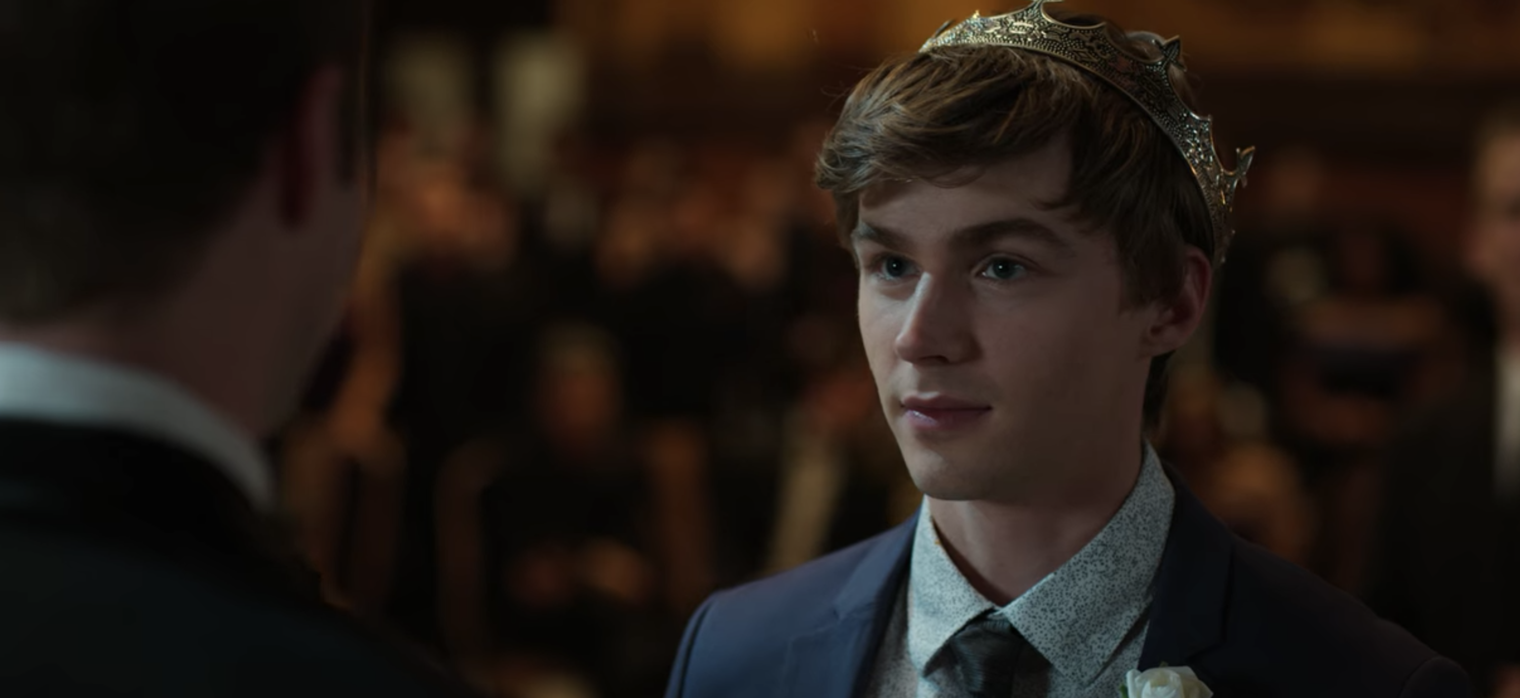 "Miles Heizer as Alex in ""13 Reasons Why"" being crowned Prom King"