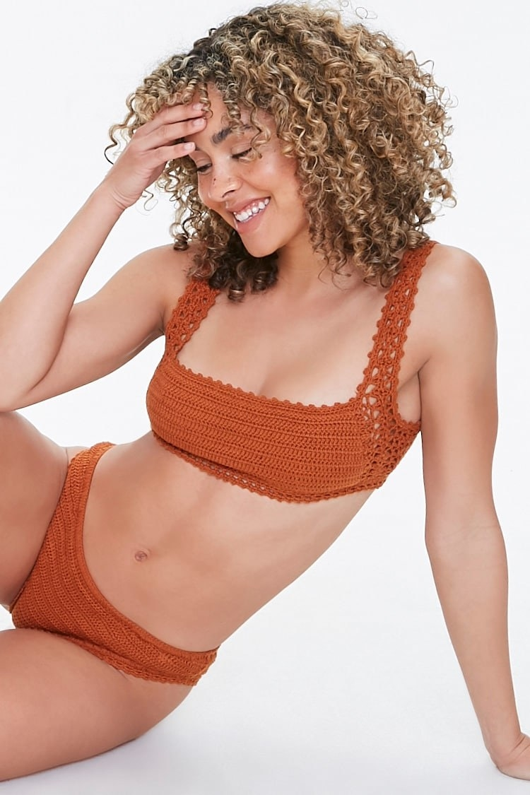 Model wearing the bikini top in the color ginger with matching bottoms