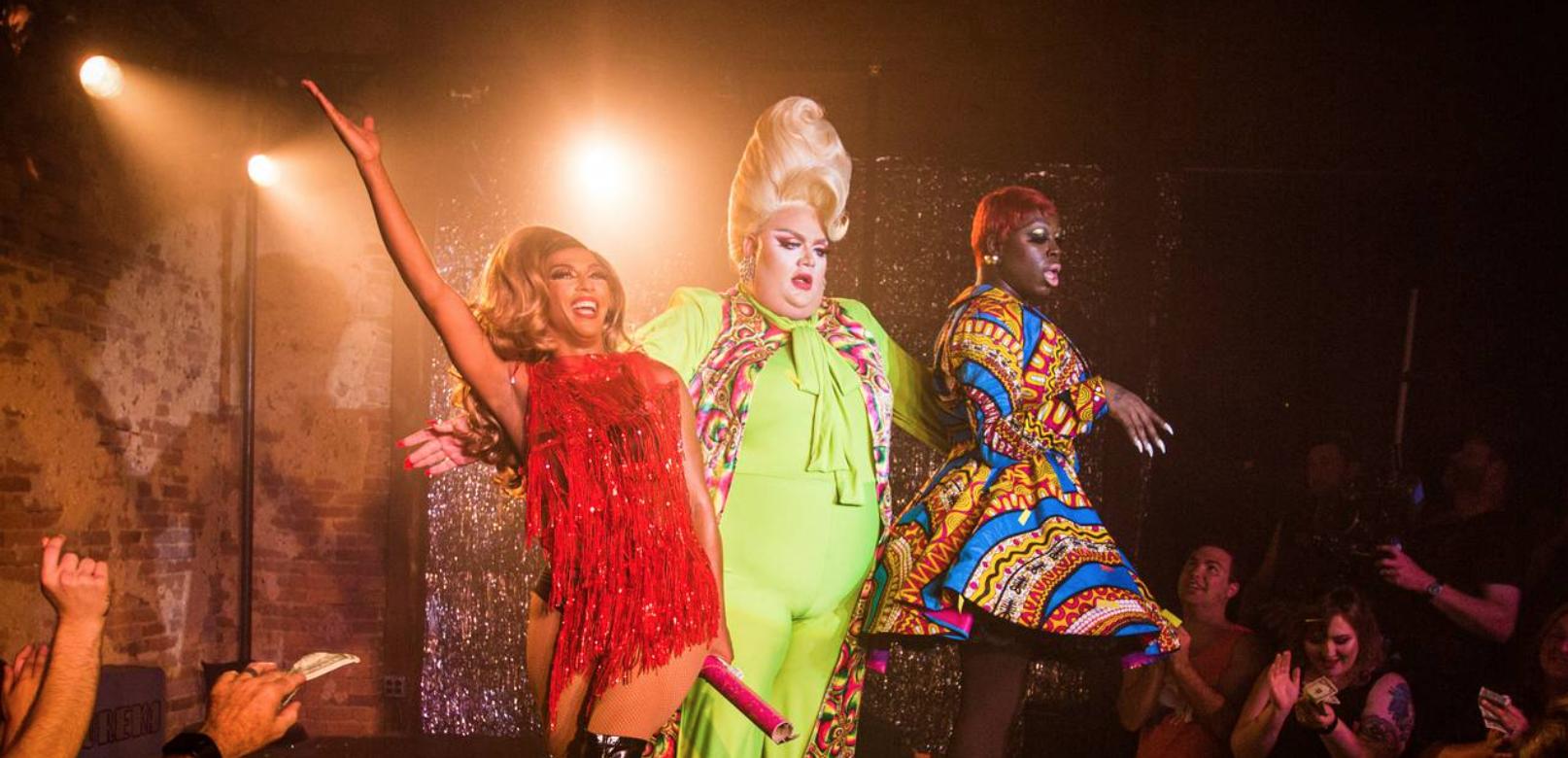 Screenshot of the drag queen trio