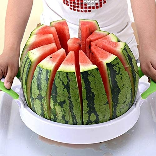 A model using the slicer, which cores the watermelon in 12 pieces like an apple slicer