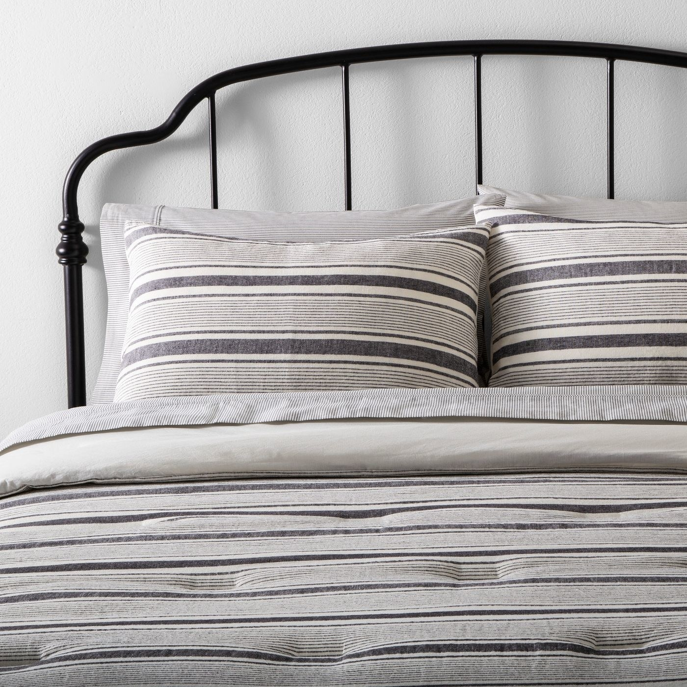 the striped comforter set in gray and white