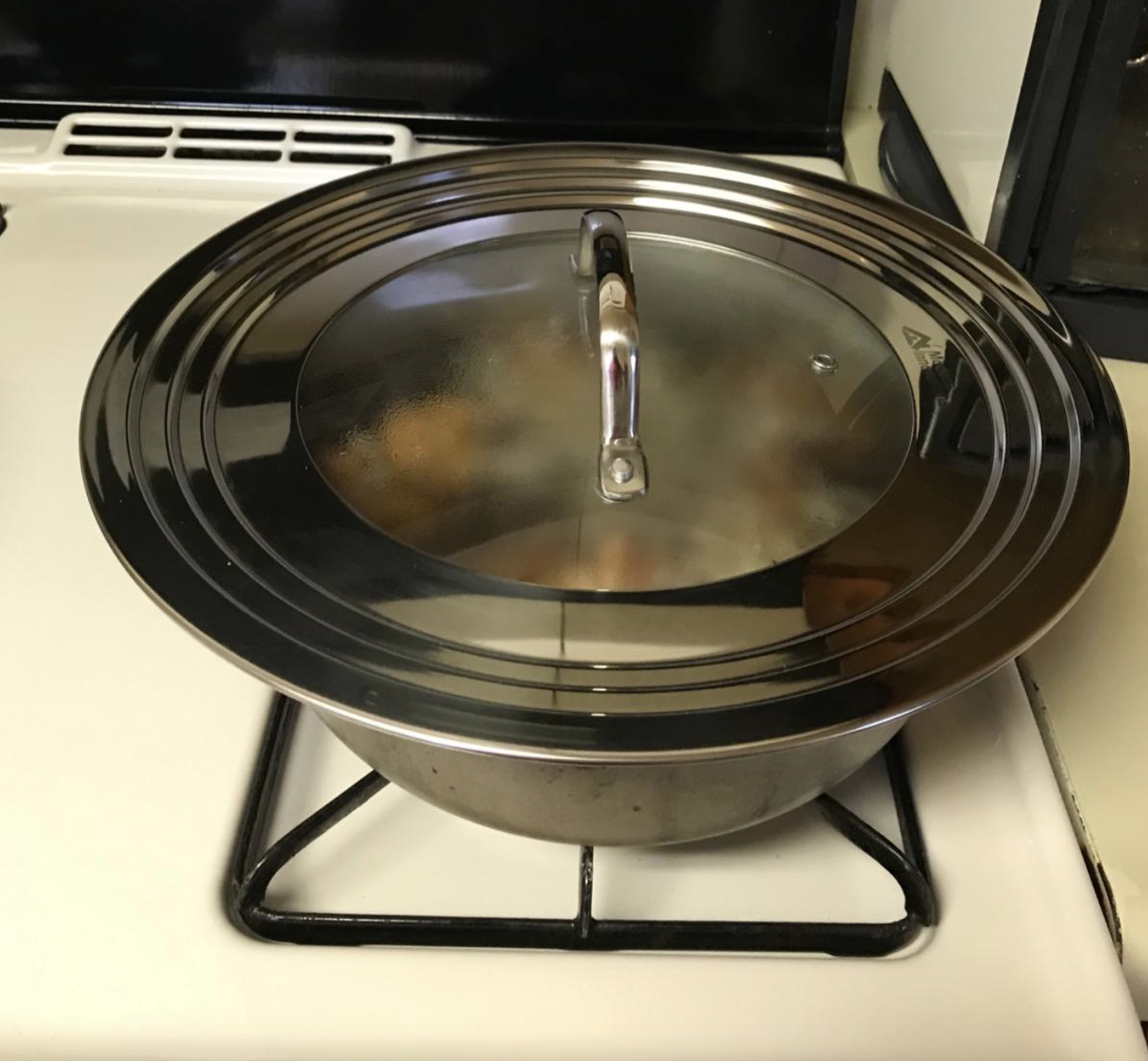 reviewer photo of the stainless steel lid
