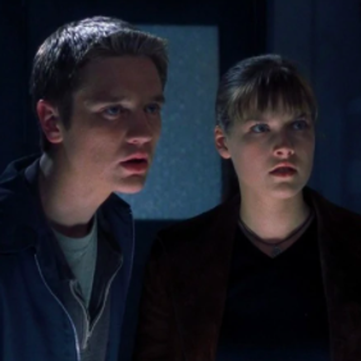 """Actors Devon Sawa and Ali Larter as their characters Alex and Clear in """"Final Destination."""""""