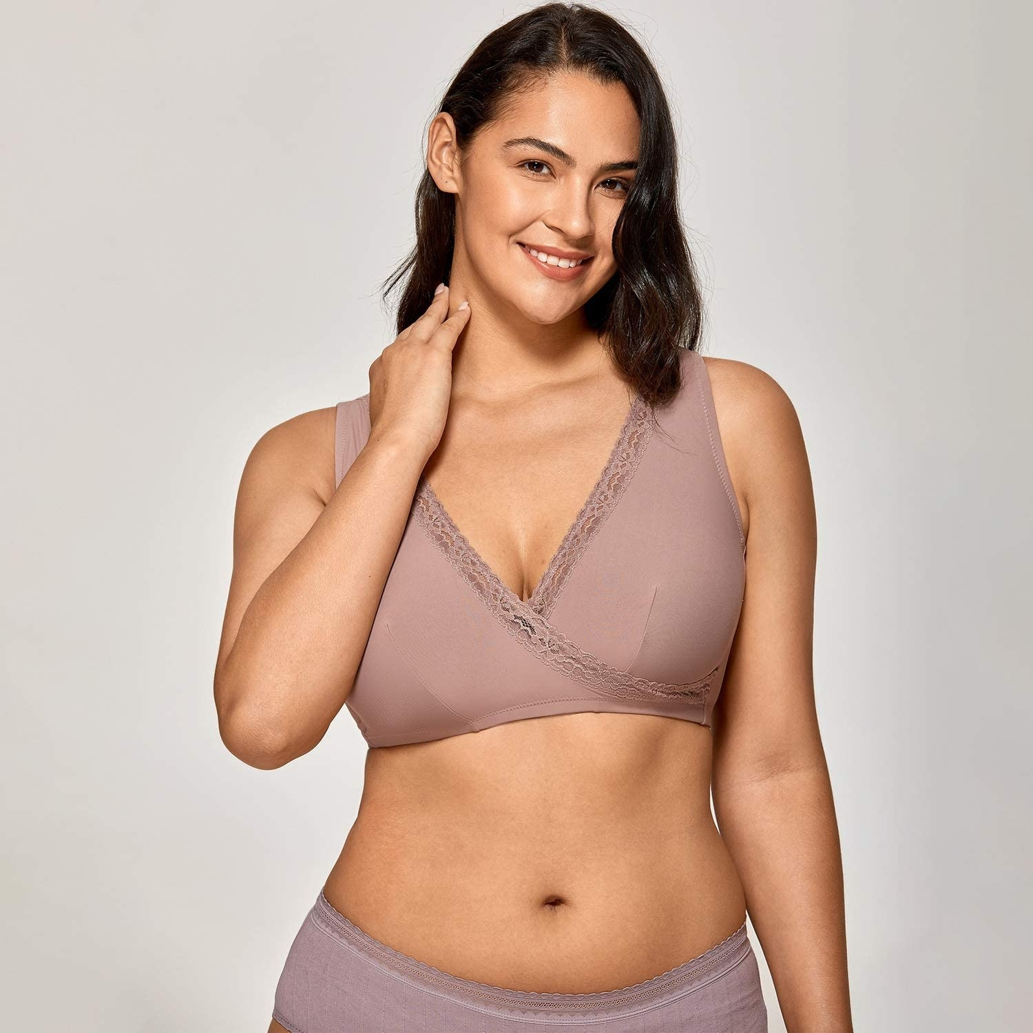model wearing bralette in light purple