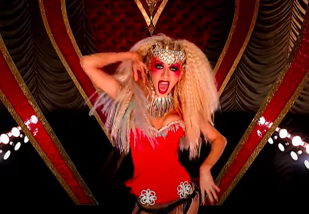Xtina in the lady marmalade music video