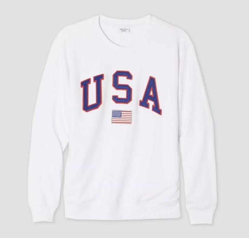 The white USA sweatshirt