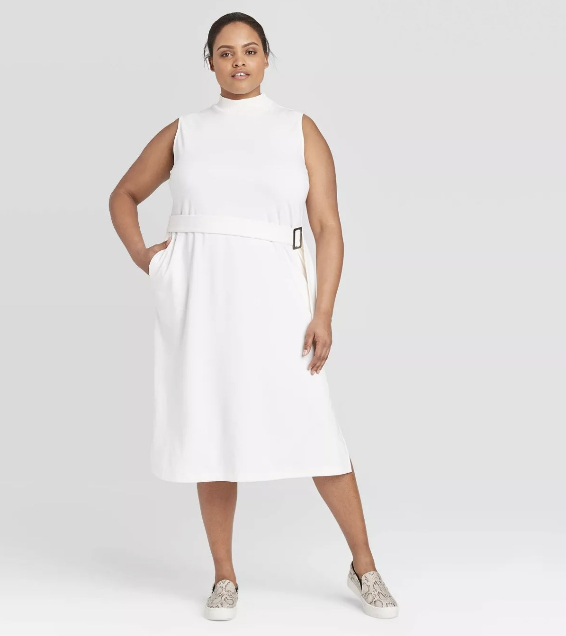Model wearing the dress in white