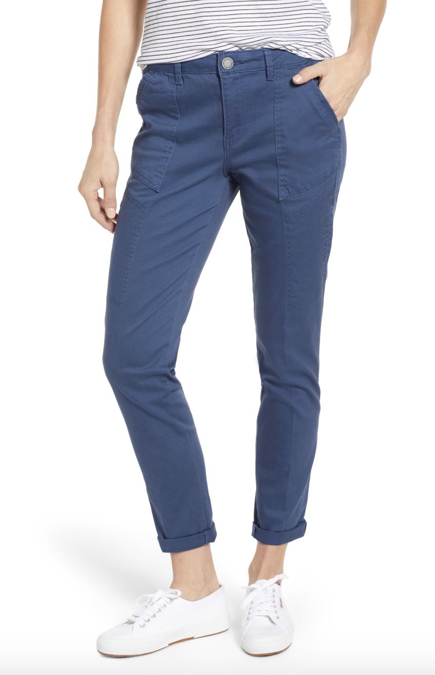 model wearing blue cargo pants