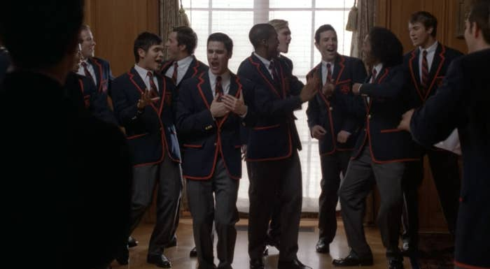 Blaine and the Warblers sing in The Warblers meeting room