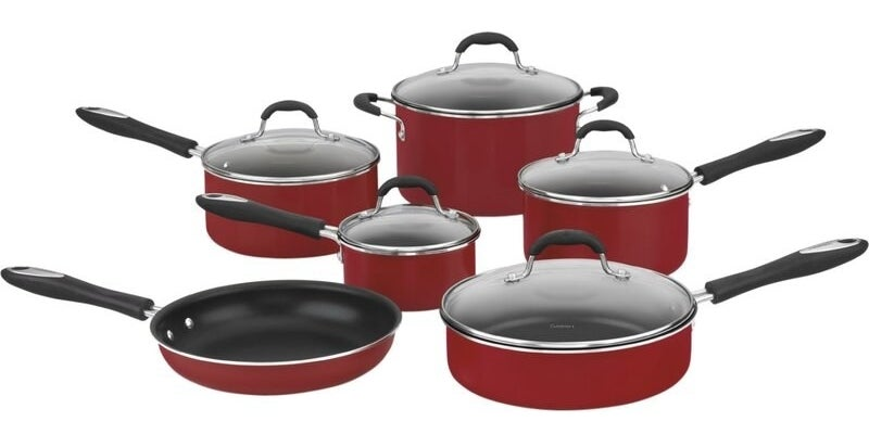 The cookware in red