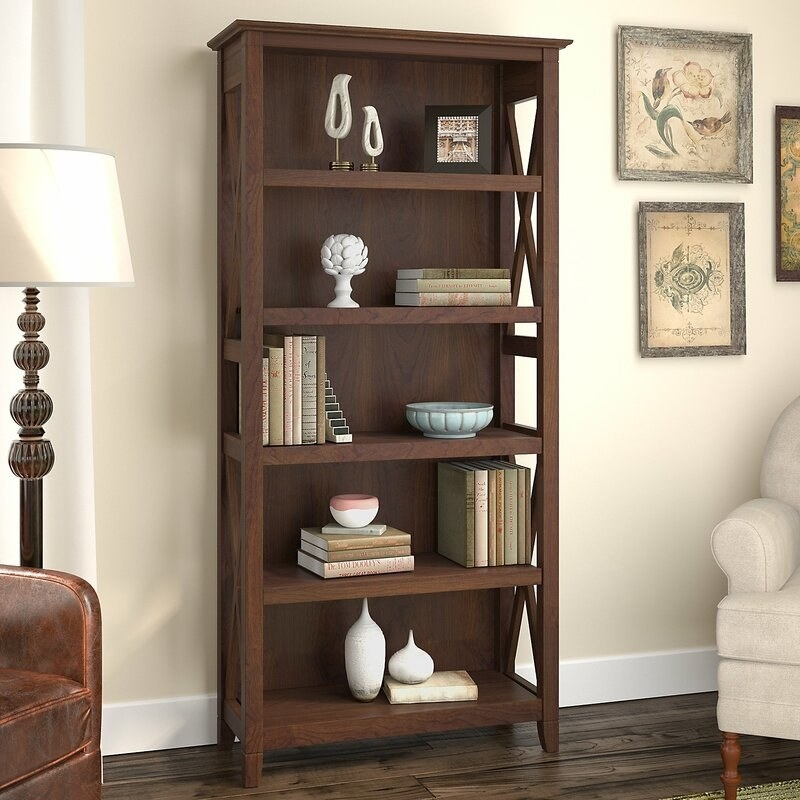 The bookshelf in bing cherry