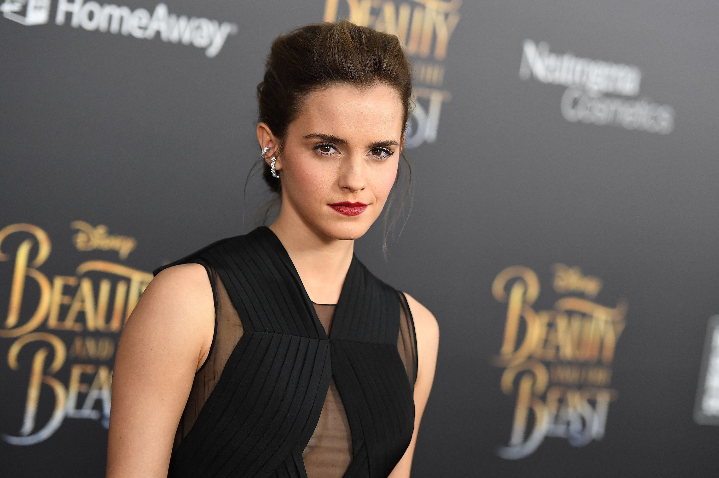 Emma Watson Makes Statement Supporting Black Lives Matter After Blackouttuesday Backlash