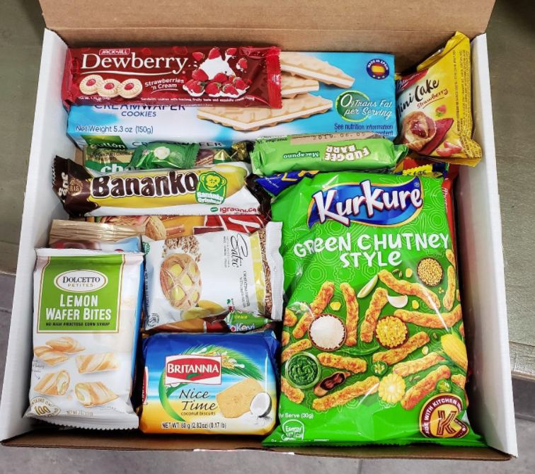 A reviewer photo of the Worldwide Treats worldwide snack mix box