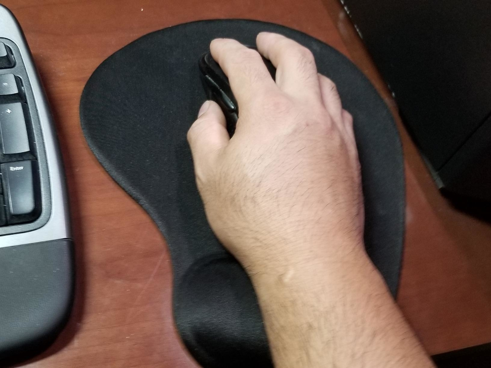Reviewer photo of the mouse pad