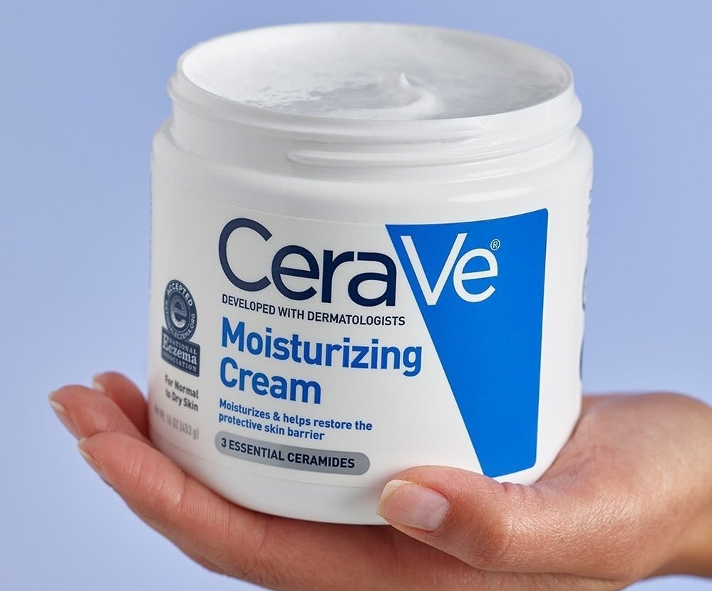 The CeraVe moisturizing cream