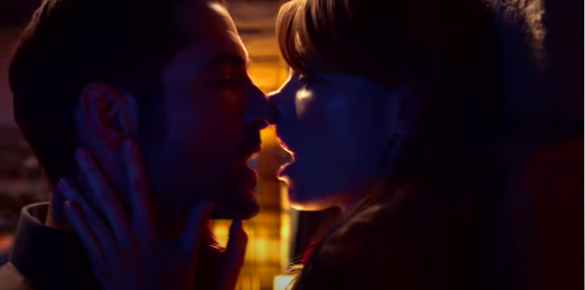 Lucifer and Chloe kissing standing up