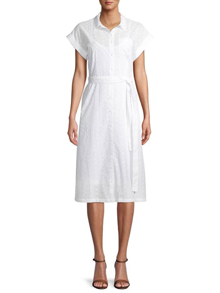 Model in the white tie-string dress