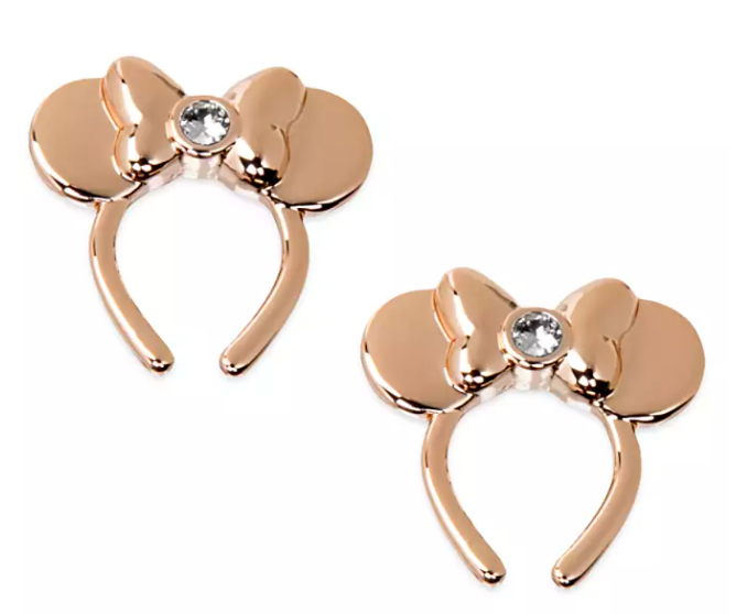 The rose gold studs in the shape of a Minnie Mouse ear headband