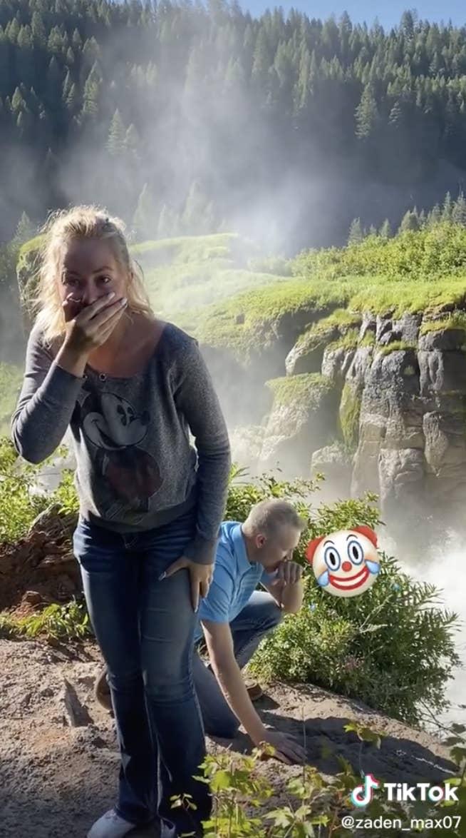 Photo of Courtney shocked.