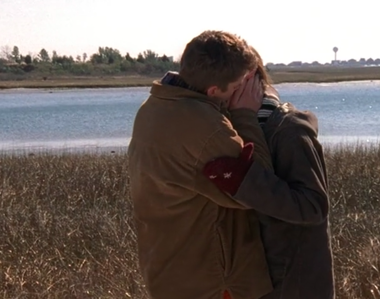"""Pacey and Joey kiss in """"A Cinderella Story""""!"""