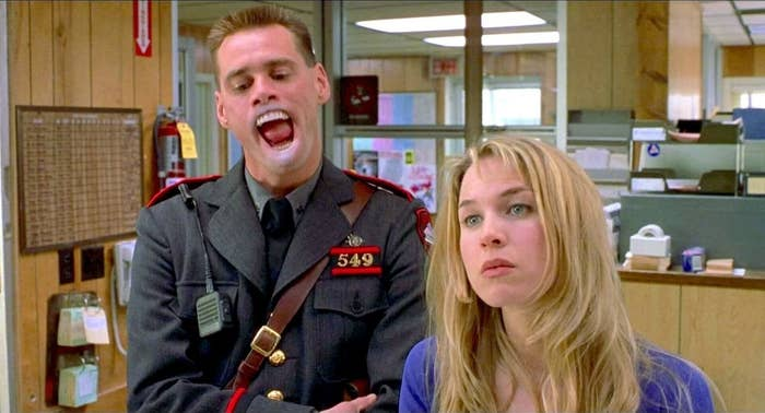 "A screen grab of Jim Carrey and Renée Zellweger in their 2000 film ""Me, Myself, & Irene."""