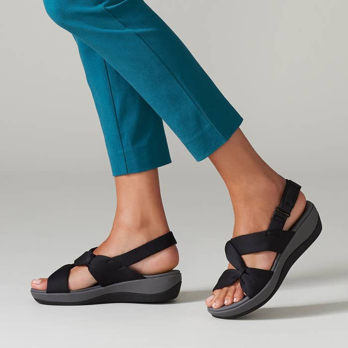 slightly wedges sandals with black fabric straps