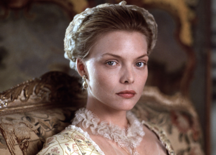 Michelle Pfeiffer looking pretty in fancy clothes in Dangerous Liaisons