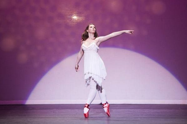"""Tara performing """"Red Shoes"""" while on-stage at the Prix de Fonteyn"""